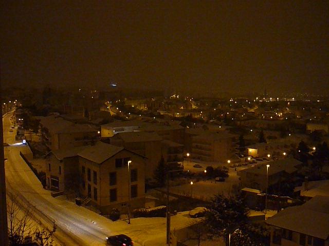 Vidéos de l'épisode neigeux sur Clermont Ferrand la nuit du 8 au 9 janvier