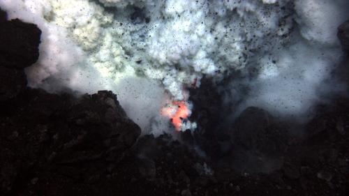 25 millions de volcans sous-marins