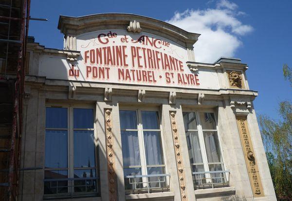 La fontaine pétrifiante de Saint Alyre