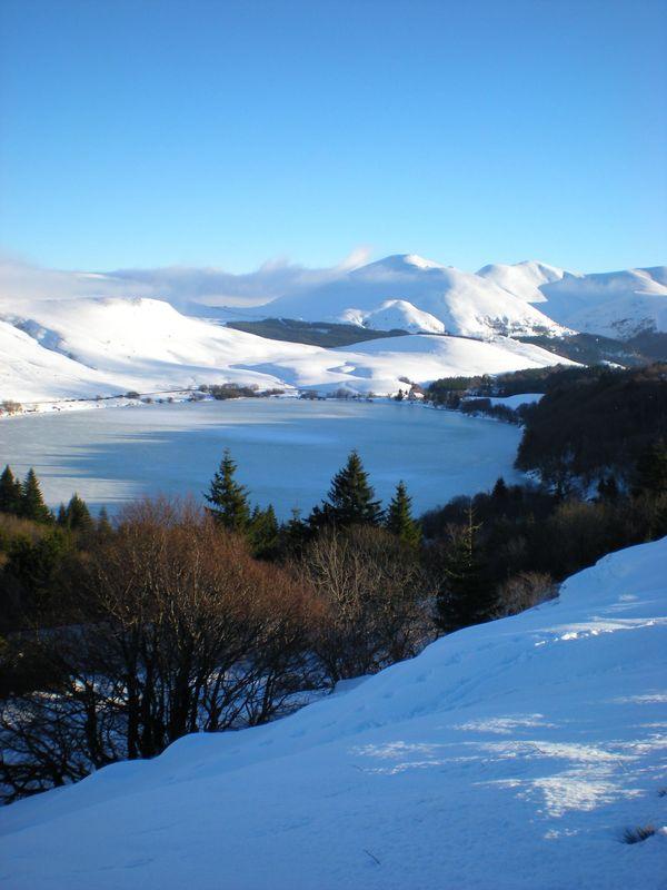 lac Guéry glace et neige (4)