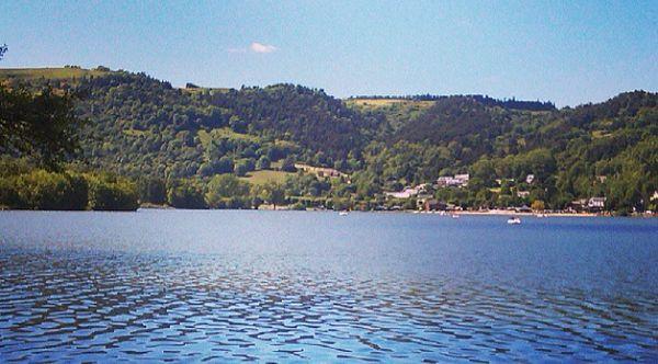 lac Chamlbon vu de la route