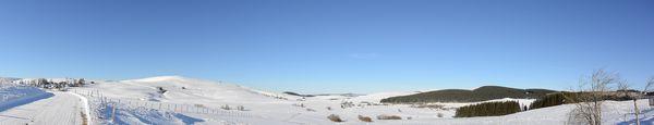 Panorama de la route menant à la Godivelle
