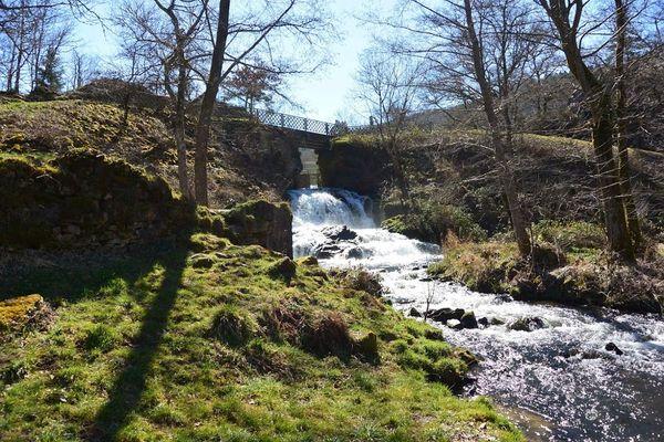 La cascade de Montfermy sur la Sioule
