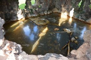La Source de la Grotte ou Source Valois résurgence 290