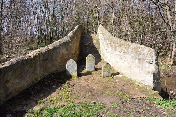 pont Romain Cheix sur morge (1)