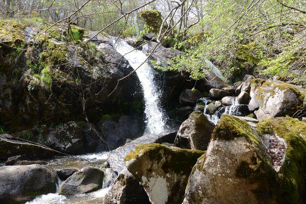cascade rive gauche (4)