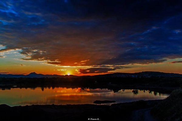 landscape sunset clermont ferrand puy de dome auvergne