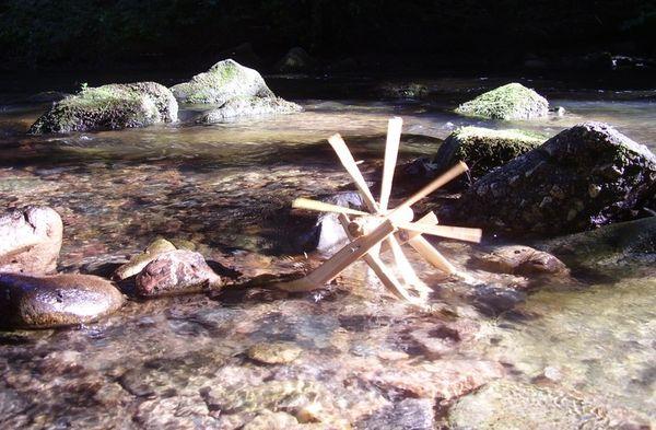 Comment fabriquer un moulin à eau façon Herta?