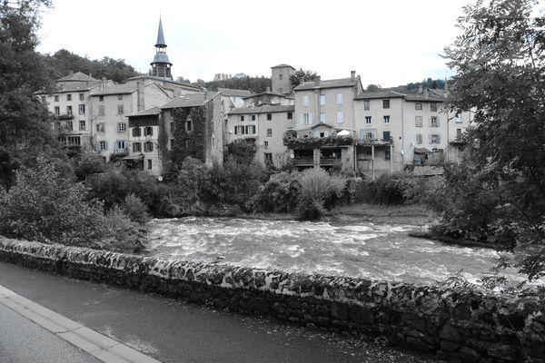 Centre Olliergues