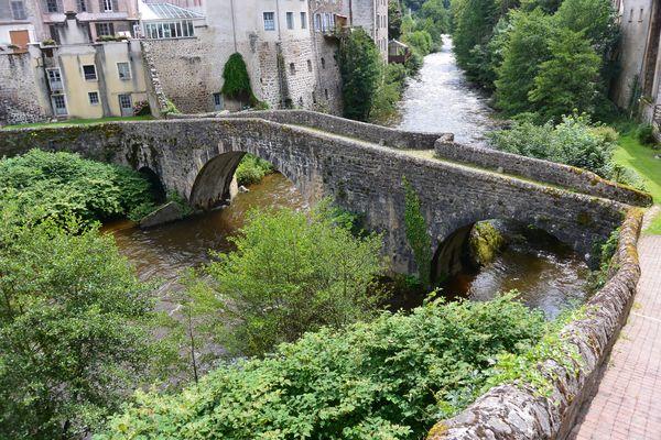 La Dore à Olliergues