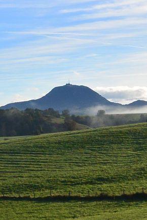 Puy de dôme brume coté ouest 290 (1)