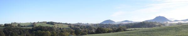 Puy de dôme brume coté ouest automne (2)