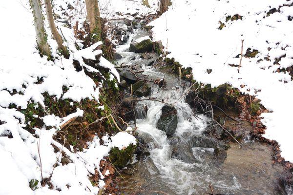 ruisseau des valette neige chanat