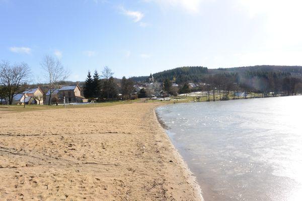 Le plan d'eau de Saint Eloy les Mines
