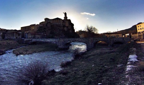 La Borne rivière Espelay saint Marcel