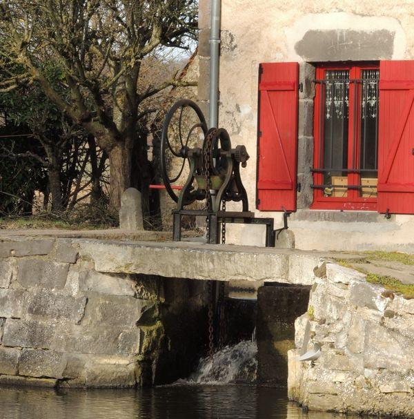 roue moulin auvergne