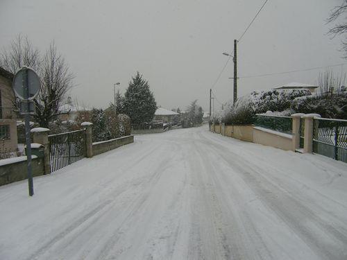 Illustrations de la neige à Longues