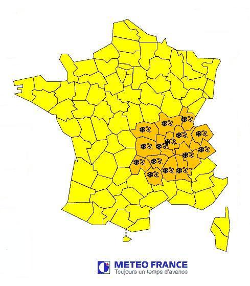 Vigilance orange en Auvergne pour fortes chutes de neige