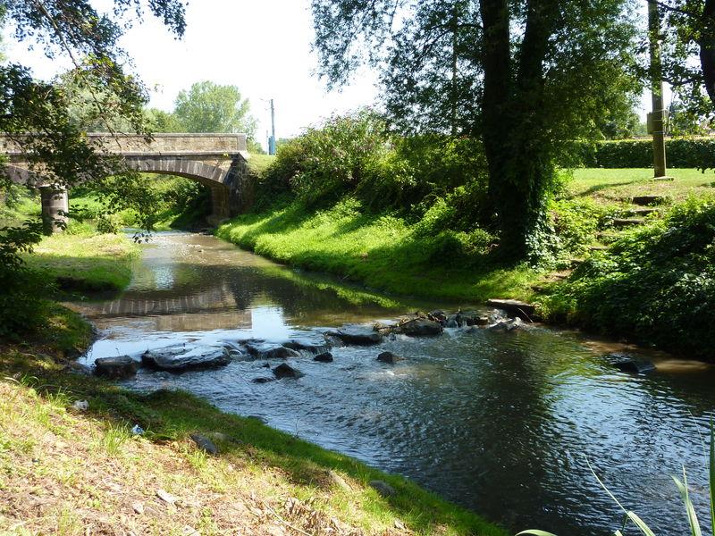 L'Ailloux petit ruisseaux du Livradois