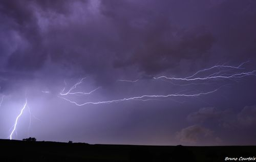 Photos de l'orage de la nuit du 23 au 24 août par Bruno Courteix